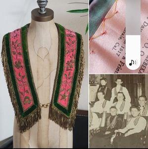 VINTAGE 1917 DAUGHTERS OF REBEKAH SHAWL/VEST